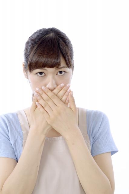 歯周病と口臭の関係!気になる口臭の治療法と予防法をご紹介