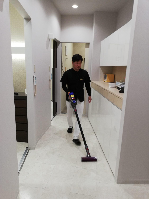 患者さまに気持ち良くご来院頂くための朝掃除