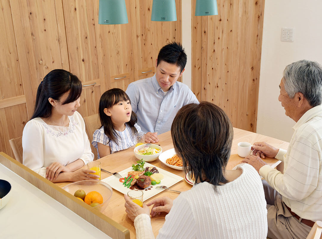 歯や顎の発達のために重要な食育